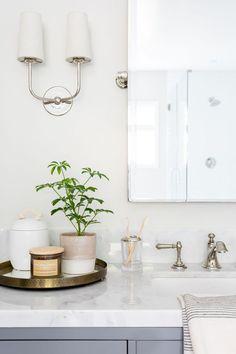 A Spa-Like Bathroom Makeover #renovation #bathroom