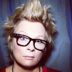 There's Something About Jennifer Saunders <3