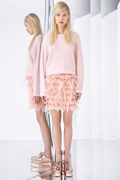 DKNY Resort 2015 - Collection - Gallery - Look 1 - Style.com