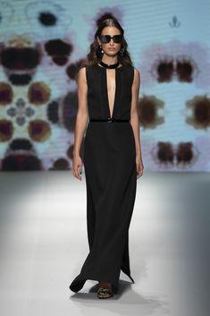 50c11270dd71 Daks collezione Primavera Estate 2019. Milano Fashion Week dedicata alla Moda  Uomo. -Youmedia