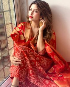 Sonarika Bhadoria ups the glam quotient with her bewitching pictures Photogallery - ETimes Dress Indian Style, Indian Look, Beautiful Bollywood Actress, Beautiful Indian Actress, Beautiful Saree, Beautiful Outfits, Simple Kurta Designs, Punjabi Models, Indian Photoshoot
