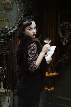 Vintage    Model: Idda van Munster / Aida Djapo