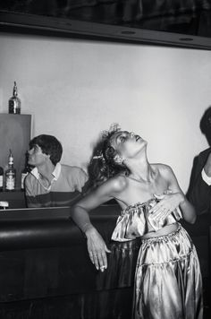 """superbestiario: """" Tod Papageorge photographed the denizens of legendary New York night club Studio 54 between 1978 and 1980. These photographs have now been published in the new book Studio..."""