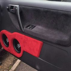 VW Polo Door build for 2 Rainbow midbass drivers by Studio Incar Vw Polo 6n2, Volkswagen Polo, Custom Car Audio, Custom Cars, Car Audio Installation, Custom Car Interior, Car Sounds, Sport Seats, Car Accessories