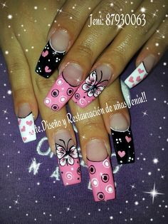 I like the index finger (black/pink) Fabulous Nails, Gorgeous Nails, Pretty Nails, Hot Nails, Pink Nails, Sculpted Gel Nails, Long Nail Art, Valentine Nail Art, Gold Glitter Nails