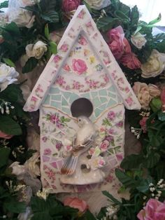 Mosaic Birdhouse ~ I REALLY like the ceramic bird on this one.