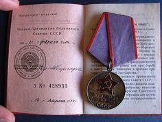 VINTAGE USSR 1974 RUSSIAN 100% ORIGINAL SILVER MEDAL FOR LABOR VALOR + DOCUMENT