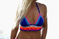 Hand crocheted halter top with lacy bodice. Hot colors combo. Available in S / M / L size. Top is handmade, so keep in mind that the measurements