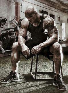 "Dwayne ""The Rock"" Johnson my fitness inspiration. The Rock Dwayne Johnson, Dwayne The Rock, Rock Johnson, Wwe The Rock, Men's Bodybuilding Workouts, Bodybuilding Motivation, Fitness Gym, Mens Fitness, Bodybuilder"