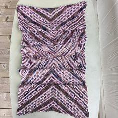 8716 meilleures images du tableau chale et echarpe   Yarns, Crochet ... 873e62a7be1