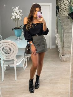 Fashion Night, Winter Fashion Outfits, Night Outfits, Business Casual Outfits, Trendy Outfits, Dr Martens Outfit, Rocker Style, Feminine Style, Dress Codes