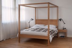 orchid four poster b