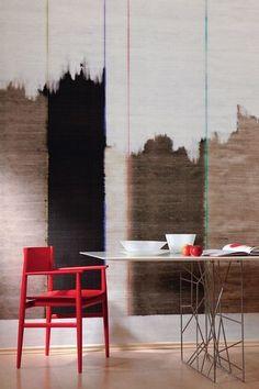 Des murs délavés pour un intérieur chaleureux  After All, coll. Kandy, panneau de 3 x 3m (573€) ELITIS