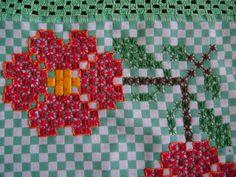 Learn How to Embroider Easy-to-Learn Double Cross Stitch - Aprenda Como bordar Ponto Cruz Duplo de Fácil aprendizado Learn How to Embroider Easy-to-Learn D - Learn Embroidery, Hand Embroidery Patterns, Ribbon Embroidery, Cross Stitch Embroidery, Cross Stitch Patterns, Chicken Scratch Patterns, Chicken Scratch Embroidery, Bordado Tipo Chicken Scratch, Whale Crafts