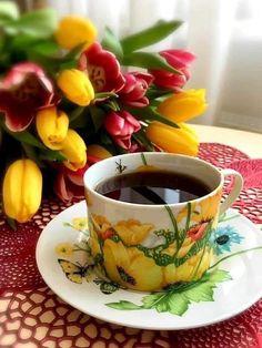 Coffee Cup Art, Coffee Club, Coffee Break, Good Morning Coffee Images, Good Morning Flowers Gif, Gif Café, Good Morning Happy Monday, I Love Coffee, Tea Cups