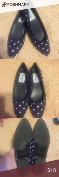 Amazing Vintage Blue & White Star flats size 8.5❤️ An amazing vintage pair of flats! I've never seen anything like these during my thrifting trips! Great condition-blue and white size 8.5. Mild internal marking/wear. Perry Ellis Shoes Flats & Loafers