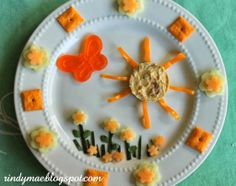S Is For Spring:  A Kid Lunch ............ She makes her kids the cutest snacks...:)..bj