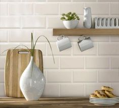 White brick effect wall tiles continue the streamlined overall look brick tiles black and cream your kitchen give 3 click tiles enlarge Metro Tile' Ceramic Brick Tile effect. Cream Kitchen Walls, Cream Gloss Kitchen, Cream Walls, Metro Tiles Kitchen, Kitchen Wall Tiles, Kitchen Flooring, Kitchen Decor, White Wall Tiles, Brick Tiles