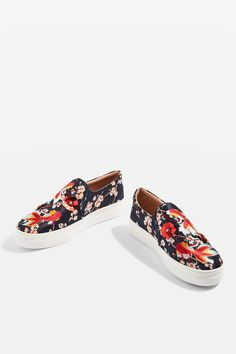 Topshop Theory goldfish embellished slip-on trainers Loafer Shoes, Women's Shoes Sandals, Flats, Cinderella Slipper, Slip On Trainers, Womens Golf Shoes, Shoes Women, Shoe Wardrobe, Topshop Shoes