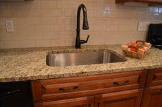 cream kitchen subway tile brown cabinets | Appealing Subway Tile In Kitchen WIth White Ceramic Tiles Backsplash ...