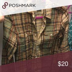 Quarter sleeve flannel shirt New collection, Ralph Lauren Sport, worn for a few hours once Ralph Lauren Tops Button Down Shirts