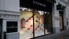 Fachada tienda Coach, Serrano (Madrid). Diciembre 2016