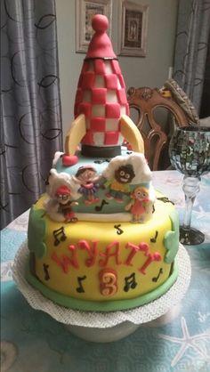 Little einsteins rocket cake.