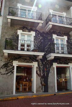 Hotel Casa Nuratti in Panama City's Casco Viejo. Boutique hotel with Bansky-style artwork