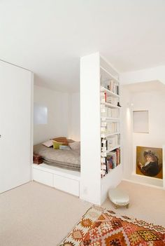 20 Wonderful Bedroom Ideas For Your Tiny Apartment To Try. Here are the Bedroom Ideas For Your Tiny Apartment To Try. This article about Bedroom Ideas For Your Tiny Apartment Small Apartment Bedrooms, Small Space Bedroom, Apartment Bedroom Decor, Tiny Apartments, Small Rooms, Apartment Design, Tiny Bedrooms, Small Spaces, Apartment Ideas