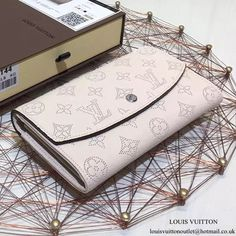 Louis Vuitton M60177 Iris Wallet Mahina Leather