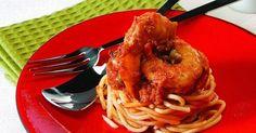 Σπαγγέτι με γαρίδες με σάλτσα ντομάτας και κάππαρης! Seafood, Spaghetti, Greek Beauty, Meat, Chicken, Ethnic Recipes, Cupcakes, Cookies, Sea Food