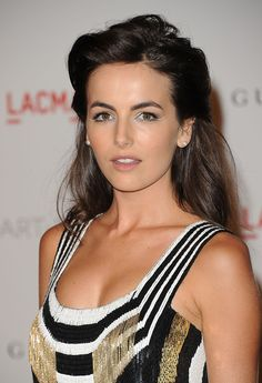 hollywood actor More memes, funny videos and pics on Most Beautiful Hollywood Actress, Hollywood Actor, Most Beautiful Faces, Beautiful Women, Camila Belle, Short Hairstyles For Women, Camilla, Beauty Women, Sexy Women