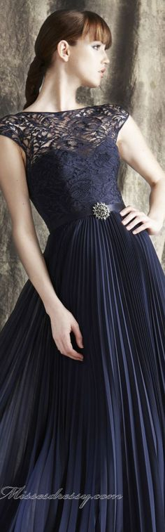 Elegant long dress by Theia #navy