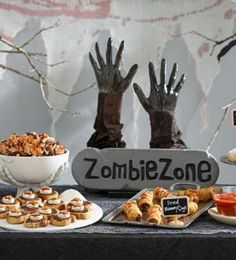 4 Insider Tips for a Killer Zombie Parts: A Pillsbury editor and professional stylist share their top tips for party-throwing success.