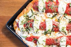 Tony Gemignani's Walnut Creek Slice House: Our local world pizza champ brings his latest restaurant to Walnut Creek. By Nicholas Boer