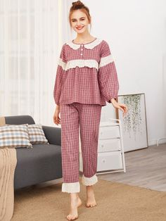Contrast Lace Grid Top & Pants PJ Set -SheIn(Sheinside)