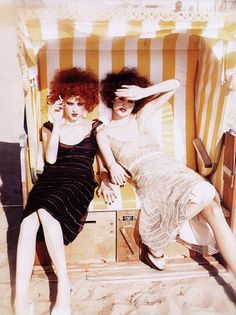 """An Enchanting Look"": Lida and Alexandra Egorova photographed by Ellen Von Unwerth for Vogue Italia, December 2000 Ellen Von Unwerth, Portraits, Glamour, Fashion Models, Vogue Fashion, Fashion Shoot, High Fashion, Editorial Fashion, Fashion Photography"