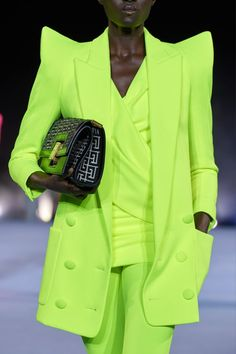 Balmain Spring 2021 Ready-to-Wear Collection | Vogue Star Fashion, Runway Fashion, Fashion News, Spring Fashion, High Fashion, Fashion Show, Fashion Outfits, Womens Fashion, Fashion Trends