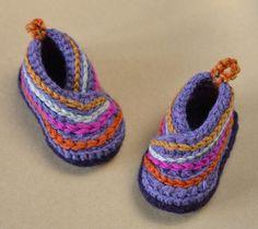 Baby Kimono Shoes crochet pattern by Matilda's Meadow