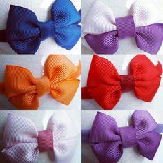 #headband #faixascabelo #laçoscabelo #laçosbebe #laços #meninas #gestantes #tiarabebe #tiara #faixabebê #crochê #mãesdemeninas #artesanatoparabebes #bicodepato www.peinocenteatelie.wixsite.com/peinocente