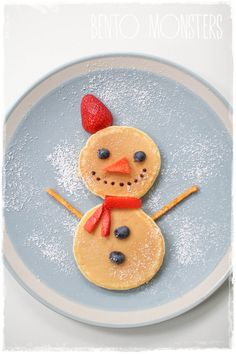 Christmas Breakfast Party School art for kids Christmas Pancakes, Christmas Snacks, Xmas Food, Christmas Breakfast, Christmas Cooking, Breakfast For Kids, Christmas Goodies, Holiday Treats, Holiday Recipes