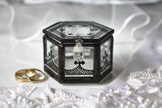 Black and white wedding ring box Modern wedding ring by LaurusArt