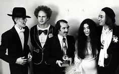 So much genius in one photo!!! David Bowie, Art Garfunkel, Paul Simon, Yoko Ono and John Lennon - The 17th Annual GRAMMY Awards - March 1, 1975
