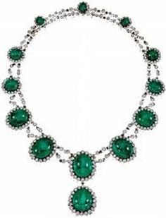 The Princess Corinna Sayn-Wittgenstein-Sayn was a surprise on June 21 by wearing a necklace with emeralds and diamonds that had been put up for sale by the Countess of Romanones and was awarded 257,000 euros here in 2 years by Sotheby's .The fact that the friend of the King of Spain carries such a jewel, gave rise to many comments in the Spanish press in recent days.She is working as a special advisor of Prince Albert and Princess Charlene of Monaco , multiplied worldly appearances