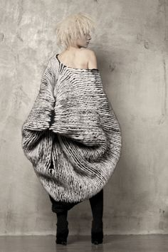 knit Grandeur: Uma Wang, FW 2011