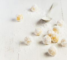 Kdo by si nechtěl připravit domácí čokoládové bonbonky – zvlášť, když je to tak snadné! Salt, Food, Lemon, Essen, Salts, Meals, Yemek, Eten