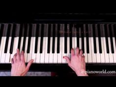 Apprendre à jouer au piano les Feuilles mortes en 6 semaines - cours n°3 - YouTube Shabby Chic, Keys, Musica, Piano Lessons, Piano Classes, Music Lessons, Ukulele Songs, Learning, Kleding