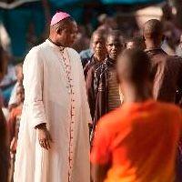REP. CENTROAFRICANA: PRESENTAN EL VIDEO DEL PAPA EN UN BARRIO MUSULMÁN  http://es.catholic.net/op/laiglesiahoy/56133/rep-centroafricana-presentan-el-video-del-papa-en-un-barrio-musulmn.html