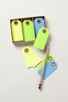 Fluorescent Tie Tags for Labeling! Color coordinate or not, lots of fun either way! Organisation Hacks, Storage Organization, Paper Crafts, Diy Crafts, Decorative Storage, Cool Tools, Organizer, Color Inspiration, Stationery