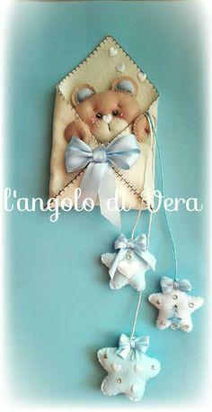 Baby Crafts, Felt Crafts, Diy And Crafts, Felt Christmas Decorations, Christmas Crafts, Felt Owls, Baby Sewing Projects, Felt Diy, Stuffed Animal Patterns
